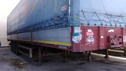 Curtainsider semi trailer Cardi - Lot 1 (Auction 1548)