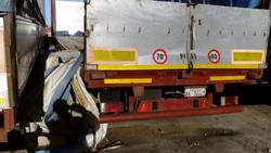 Curtainsider semi trailer Cardi - Lot 3 (Auction 1548)