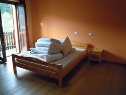 Arredamento da camera da letto - Lotto 7 (Asta 1607)