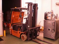 Nissan 18 q lift truck - Lot 21 (Auction 1618)