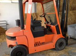 Lugli lift truck - Lot 8 (Auction 1618)