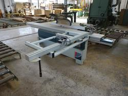 Woodworking equipment - Lot 32 (Auction 1619)