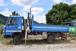 Camion Iveco 65 12 con gru - Lotto 14 (Asta 1623)