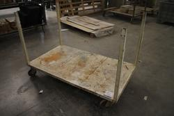 Carts on wheels - Lot 14 (Auction 1673)