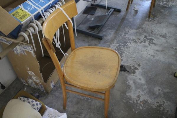 Lotto sedie e sgabelli