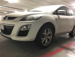 Car Mazda CX e iPhone - Auction 1712