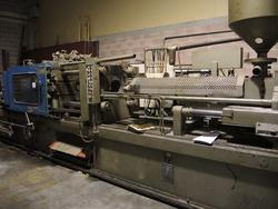 Injection moulding press Bmb - Lot 12 (Auction 1748)