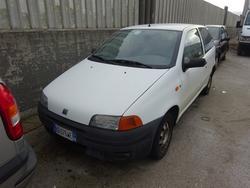 Car Fiat Punto - Lot 68 (Auction 1749)