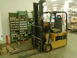 Forklift Caterpillar - Lot 12 (Auction 1792)