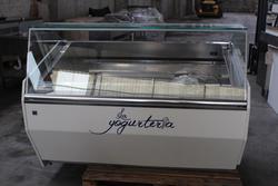 Fornitura completa per gelateria yogurteria e altre attrezzature - Lotto 1 (Asta 1805)