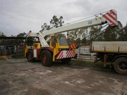 Telescopic crane truck G C and its extention cable - Lot 2 (Auction 1813)