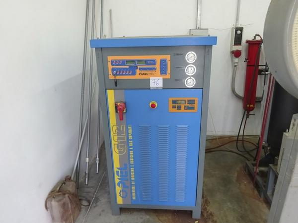 Oxygen and hydrogen generator Piel