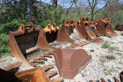 Buckets for excavators - Lot 13020 (Auction 18710)