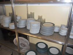Dishes and utensils - Lot 33 (Auction 1875)