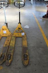 Pallet Truck - Lot 36 (Auction 1944)