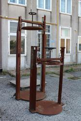 Mechanical hand presses - Lot 363 (Auction 19441)