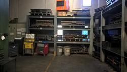 Metal shelving - Lot 338 (Auction 19521)