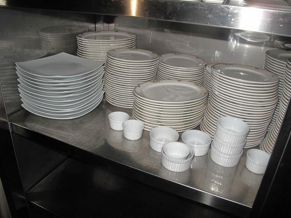 Lotto stock di utensili da cucina - Elenco utensili da cucina ...