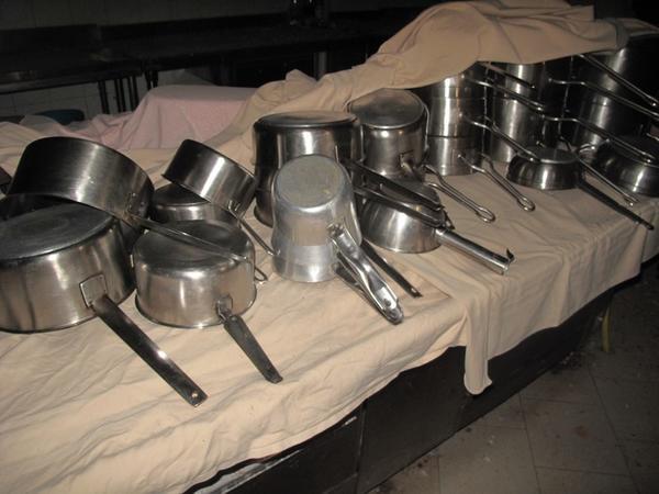 Lotto stock di utensili da cucina - Elenco utensili cucina ...