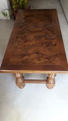 Solid wood coffee table - Lot 112 (Auction 1967)