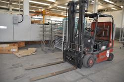Nissan Battery Forklift - Lot 24 (Auction 1987)