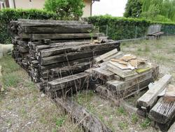 Wooden crossbars - Lot 82 (Auction 2005)
