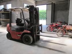 Toyota FD25 Forklift - Lot 26 (Auction 2008)