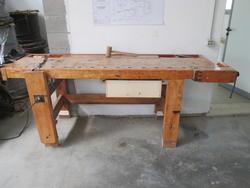 Tavolo in legno - Lotto 31 (Asta 2008)