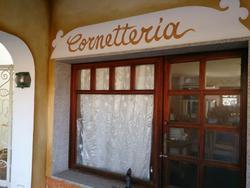 Bar furnishing and equipment - Lot 9 (Auction 2011)