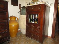 Antique display cabinet - Lot 6 (Auction 2016)