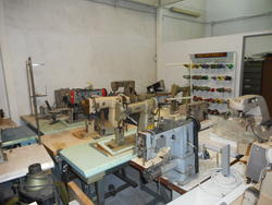 Pfaff Necchi Sagitta Complett Sewing Machines and Spare Parts - Lot  (Auction 2070)