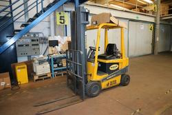 Robustus forklift  - Lot 170 (Auction 2085)