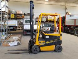 Robustus Forklift - Lot 170 (Auction 2098)