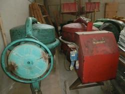 Concrete mixers - Lot 173 (Auction 2098)