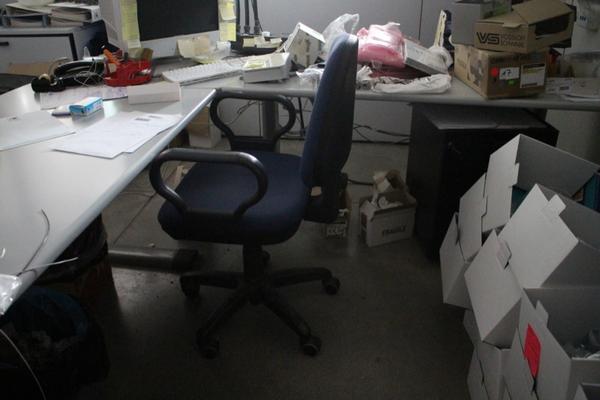 Immagine n. 25 - 6#2113 Arredi ufficio