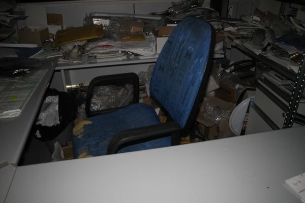 Immagine n. 86 - 6#2113 Arredi ufficio
