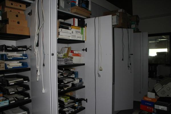 Immagine n. 92 - 6#2113 Arredi ufficio