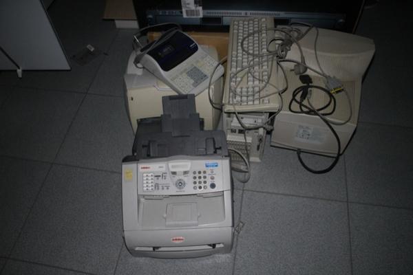 Immagine n. 97 - 6#2113 Arredi ufficio