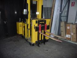 Hyster van and Blizzer pallet trucks - Lot 2 (Auction 2115)