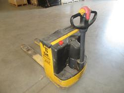 OM TL 14 lift truck - Lot 13 (Auction 2129)