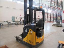 OM XR 14 lift truck - Lot 21 (Auction 2129)