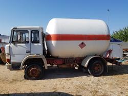 Autocisterna Fiat  per trasporto speciale - Lotto 11 (Asta 2131)