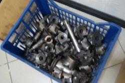 Arredi ufficio e materiale ferroso - Lotto  (Asta 2148)