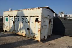 Garbage can - Lot 39 (Auction 2162)