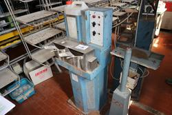 Macchine da cucire Pfaff e Union Special - Lotto  (Asta 2183)