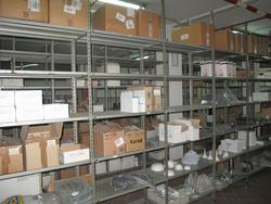 Lightweight metal shelves - Lot 7 (Auction 2189)