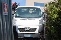 Peugeot Boxer truck - Lot 13 (Auction 2208)