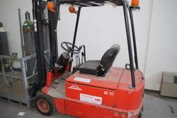Linde forklift - Lot 78 (Auction 2209)
