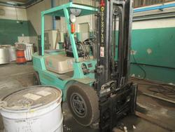Mitsubishi forklift - Lot 171 (Auction 22220)