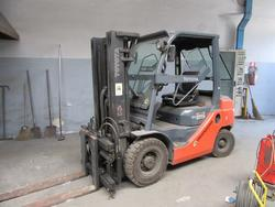 Toyota forklift - Lot 62 (Auction 22220)